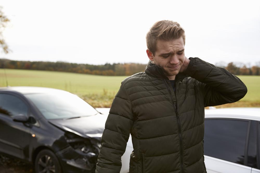 recognizing symptoms whiplash car accident